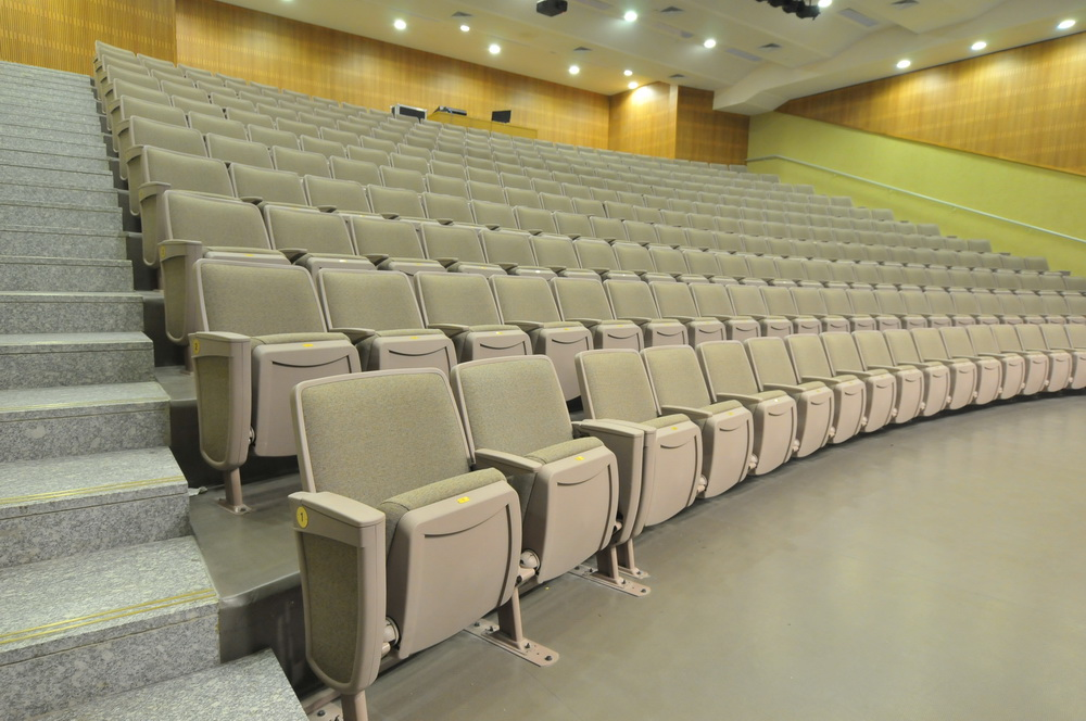 IRWIN כיסאות Citatioדגם אודיטוריום תיכונט (2)